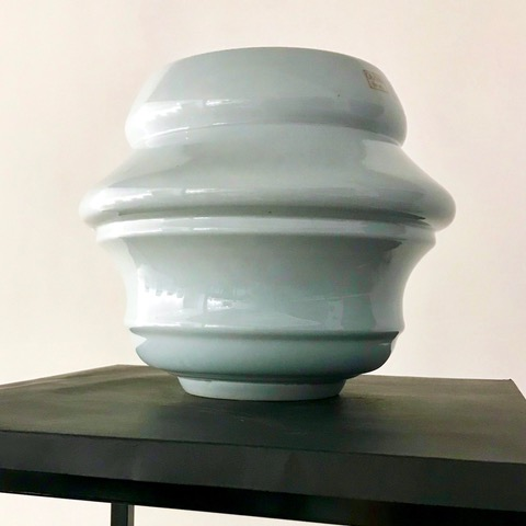 Maria Ängquist Klyvare, Putin - Crying Bowl, Celadon, Kina 2019, ur serien Silent Cry
